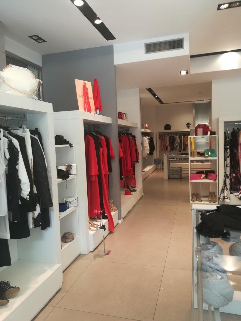 cedesi attività abbigliamento donna -  Продаю бизнес женской одежды
