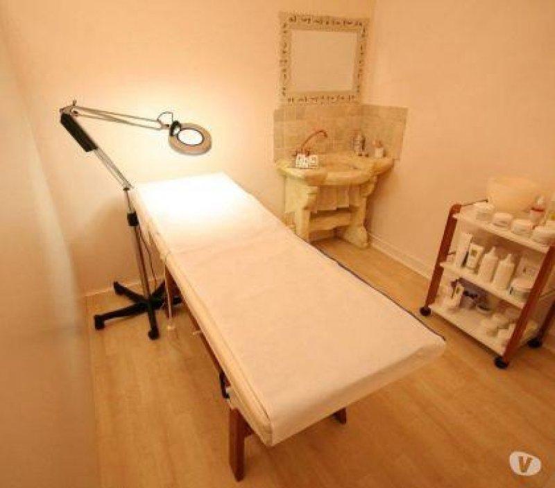 Attivita centro massaggi estetico Empoli - Деятельность центра эстетического массажа Эмполи
